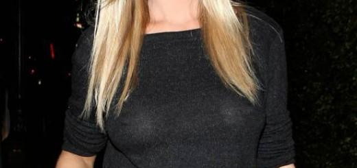 Joanna-Krupa-Braless-See-throgh-Gretchen-Rossi-Birthday-Party-Kanoni-5